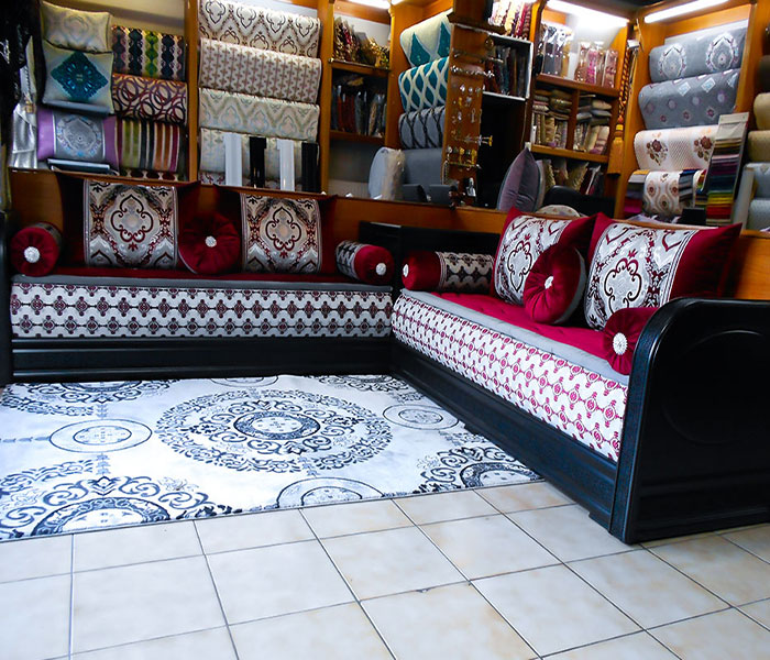 salon marocain arabesque noir salon marocain. Black Bedroom Furniture Sets. Home Design Ideas