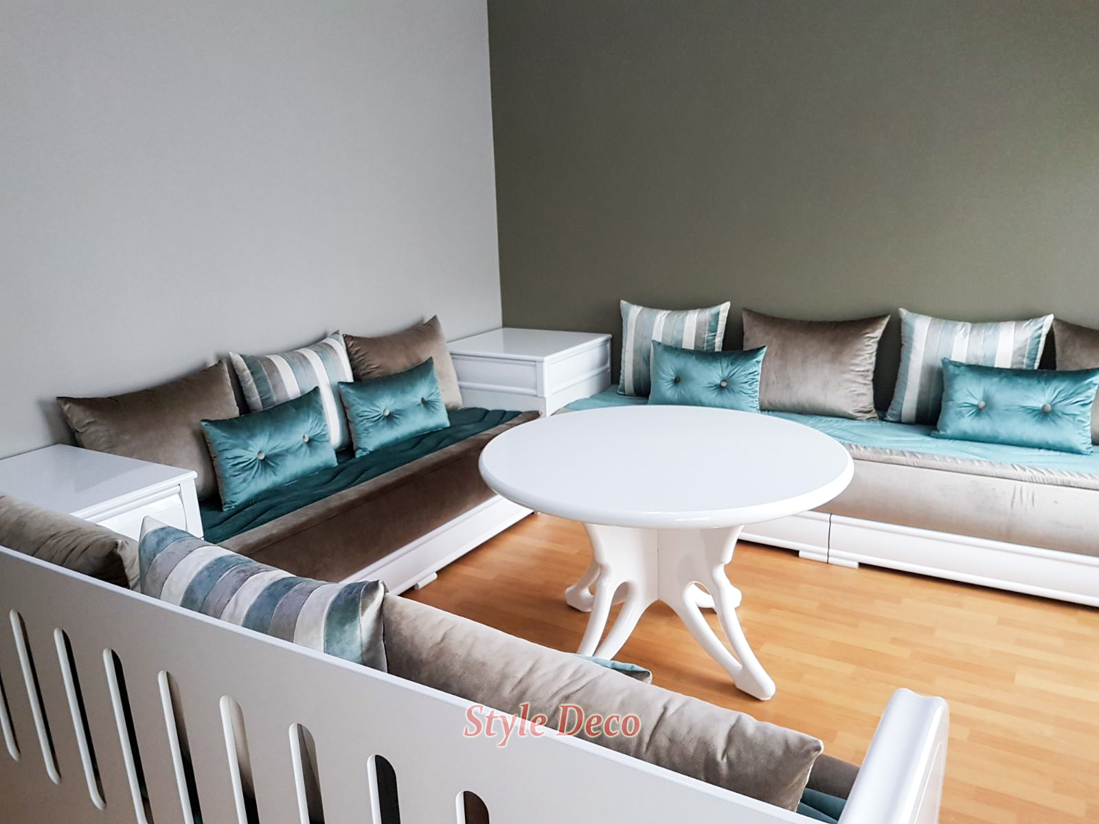 beautiful salon marocain en turquois gallery amazing. Black Bedroom Furniture Sets. Home Design Ideas